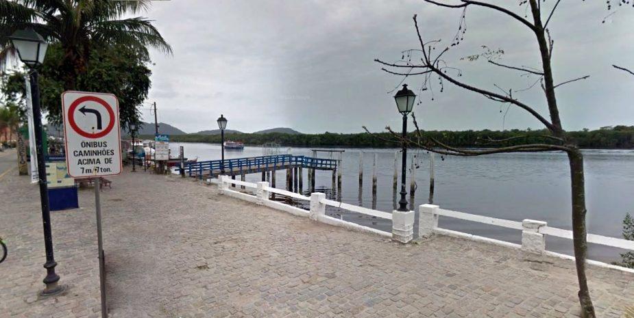foto do ponto de embarque em paranaguá para se pegar o barco até a ilha do mel